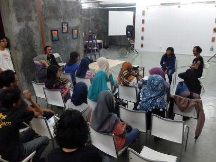 Penayangan Tiga Mama Tiga Cinta dan Presentasi Buku Halaman Papua